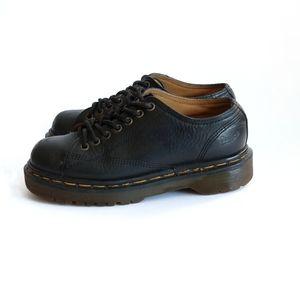 Dr. Martens   Vintage Classic Black Leather Shoe
